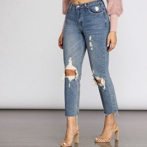 Signature8 ripped jeans with a raw hem